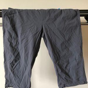 Columbia Shorts - Columbia Knee Length Short